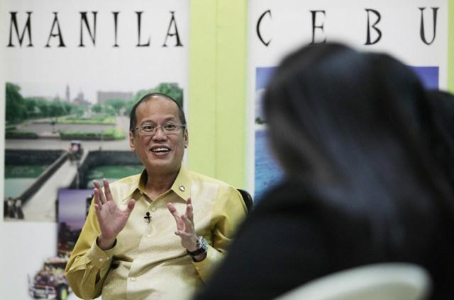 NO PROOF. In Brunei, President Benigno Aquino III tells reporters he's unconvinced that China placed concrete blocks in Panatag. Photo by Robert Viu00f1as/Malacau00f1ang Photo Bureau