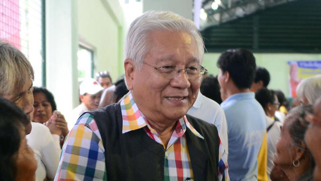 MALACAu00d1ANG'S BET. Allegations of corruption have hounded former Cavite governor Ayong Maliksi, the biggest being the handling of the funds for the LRT extension project.