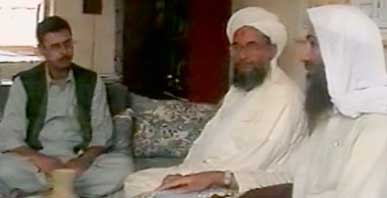 VETERAN JOURNALIST. Jordanian Baker Atyani (left) with Al Qaeda's Ayman al-Zawahiri and Osama bin Laden in Afghanistan back in June 2001. Photo from CNN
