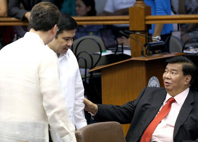 ACCOUNTABILITY. 'I enjoin my colleagues in the senate to respond fully to the questions raised by COAu2019s findings,' Senate President Franklin Drilon says. Photo by Senate PRIB/Cesar Tomambo