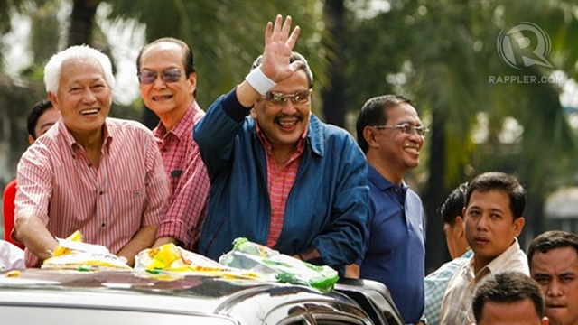 ALLIES ONCE. Now bitter rivals, Manila Mayor Alfredo Lim and former President Joseph Estrada were once close allies and even campaigned together back in 2007. File photo by John Javellana