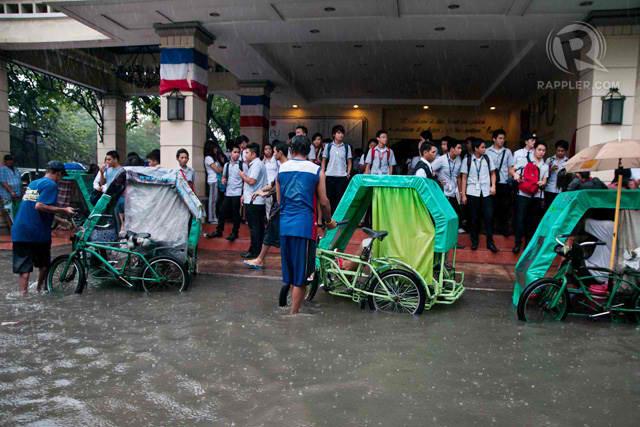 SUSPENDED. Schools in Metro Manila suspends classes due to heavy rain. Photo by Roy Lagarde
