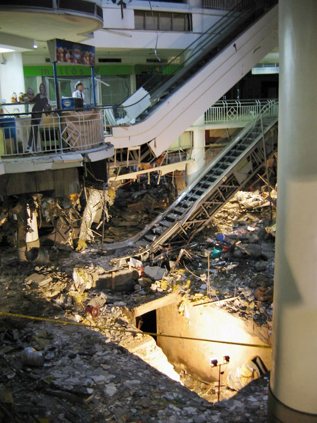 CRATER. The damaged Glorietta 2 in this 2007 file photo. AFP