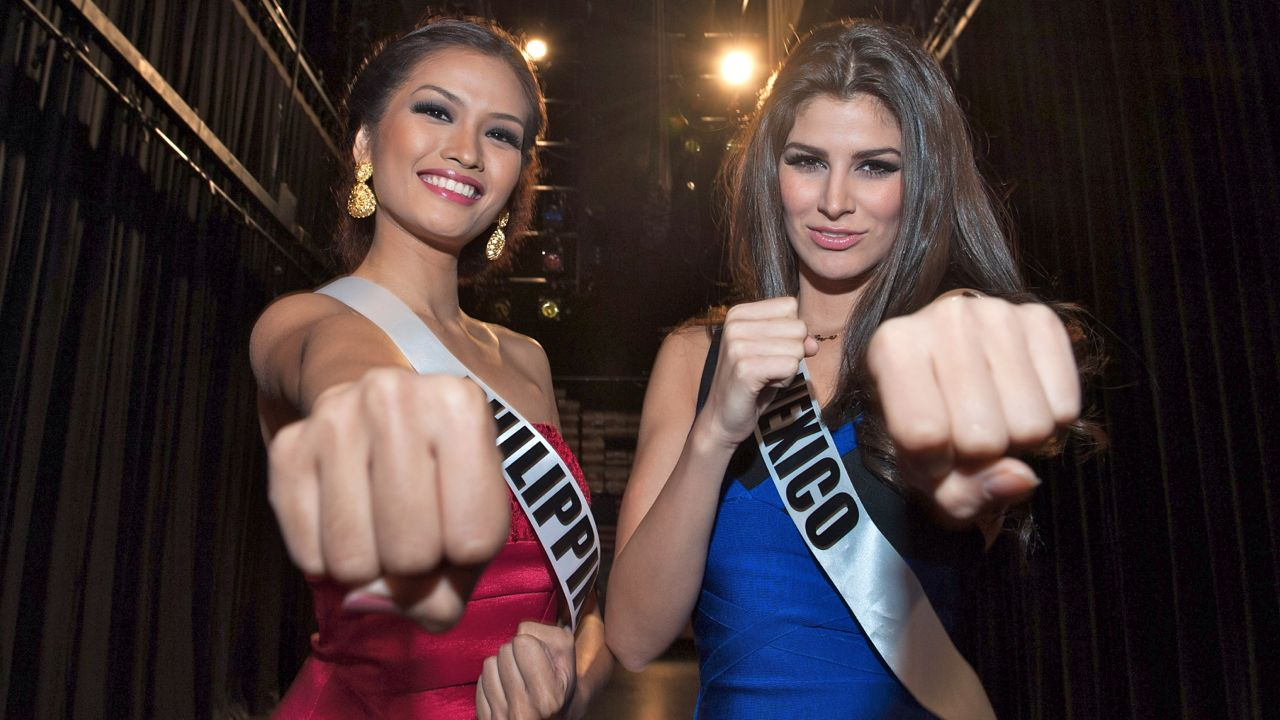 Tugonon VS Gonzalez. Photo courtesy of the Miss Universe Organization LP, LLLP
