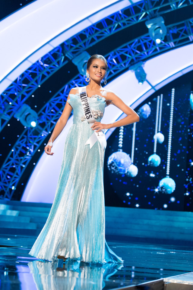 MISS PHILIPPINES Janine Tugonon was radiant in her evening gown. Photo courtesy of the Miss Universe Organization LP, LLLP