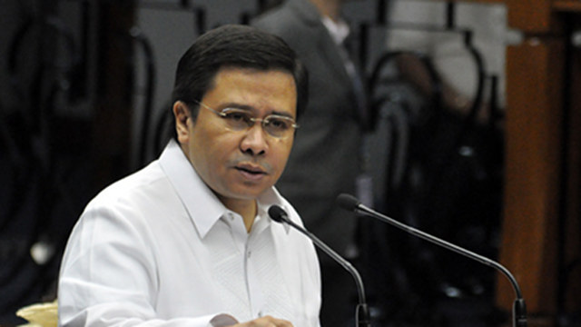 'NOT SEXY.' Sen Jinggoy Estrada says he does not know who is the u0022Sexyu0022 lawmaker Benhur Luy was referring to. He denies knowing the principal whistleblower. File photo by Senate PRIB