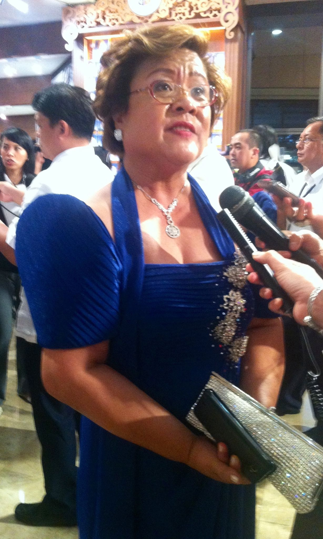 JUSTICE SEC. LEILA DE LIMA wore a tiered velvet Bayanihan number. The halter-neck-strap detail made the neckline more modern. Photo by Voltaire Tupaz
