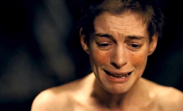 CRYING HER LUNGS OUT. Anne Hathaway gives her all while delivering u2018I Dreamed a Dreamu2019