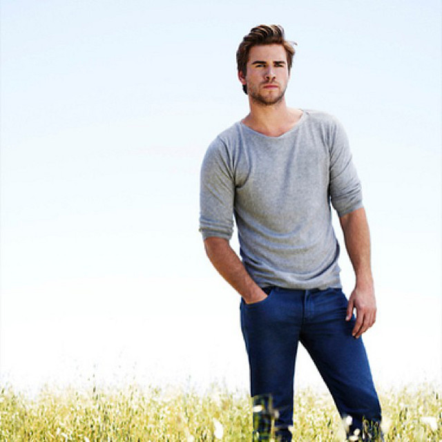 OUTDOORSY AND EARTHY. Liam Hemsworth's Manila visit will use the hashtag #LiamHemsworthLovesBench. Photo from Karen Jardenil's Facebook page