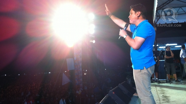 HOME COURT. Resigned Sen Juan Miguel Zubiri asks Bukidnon residents to support UNA, saying the slate will help push for better health services. Photo by Ayee Macaraig.