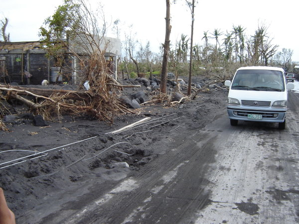 BARANGAY PADANG, 2006. This file photo from December 8, 2006, showed houses in the debris flow field in Barangay Padang, Legazpi City, in the aftermath of Typhoon Reming (Durian). Photo by KD Suarez.