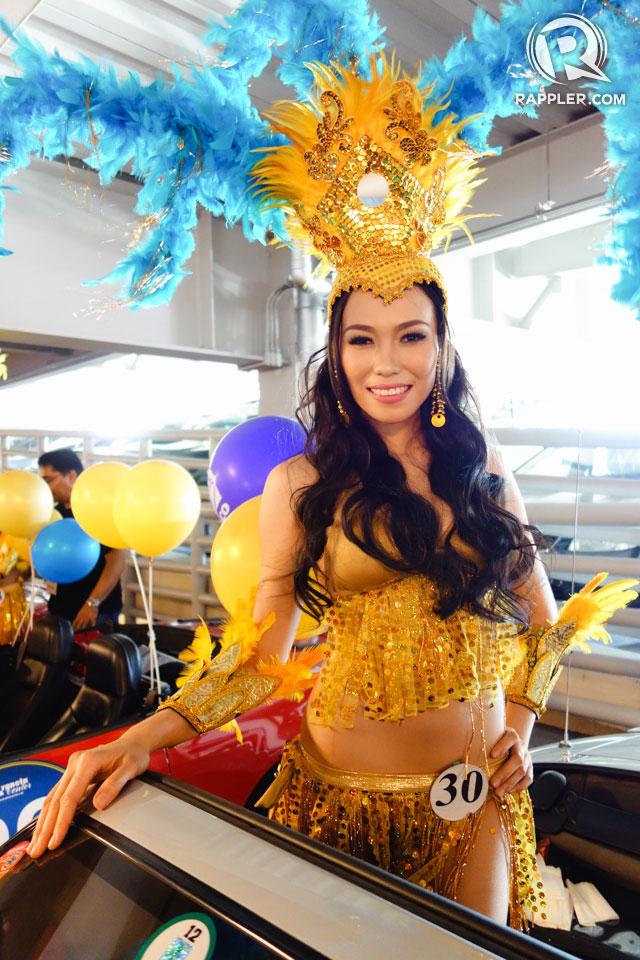PARADE OF BEAUTIES. Maria Theresa Gorgonio at the Parade of Beauties on April 6, Araneta Center, Cubao. Photo by Edric Chen