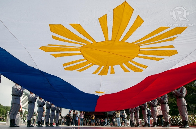 FOR UNITY. The Komisyon sa Wikang Filipino wants to discard the use of 'Pilipinas' to refer to the country. File photo by Roy Lagarde