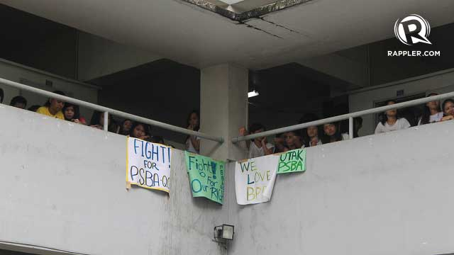 'WE LOVE BPP'. Students show their support for Paulino during the open forum. Photo by Jee Geronimo/Rappler