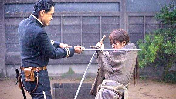 SAITO VS KENSHIN. A sample of the movie's great cinematography and fight choreography. Image from the movie's Facebook fan page