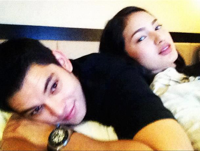 IS IT A PLOY? Some people guess so. Richard Gutierrez and Sarah Lahbati photo from the SAraH LahBaTi (sic) Facebook page