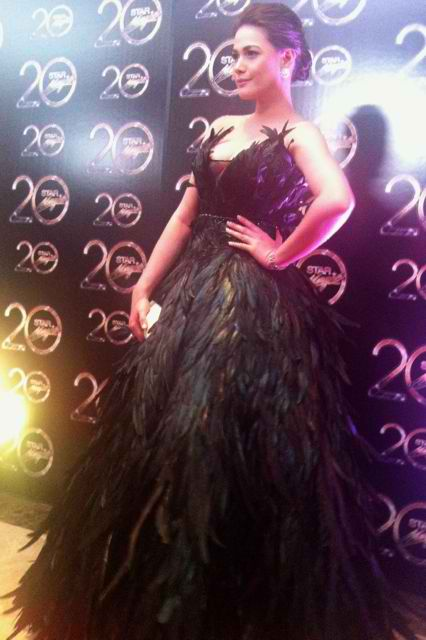 THE JAW-DROPPING STUNNER award rightfully went to Bea Alonzo who stood out in her Rajo Laurel gown. All photos by Kai Magsanoc