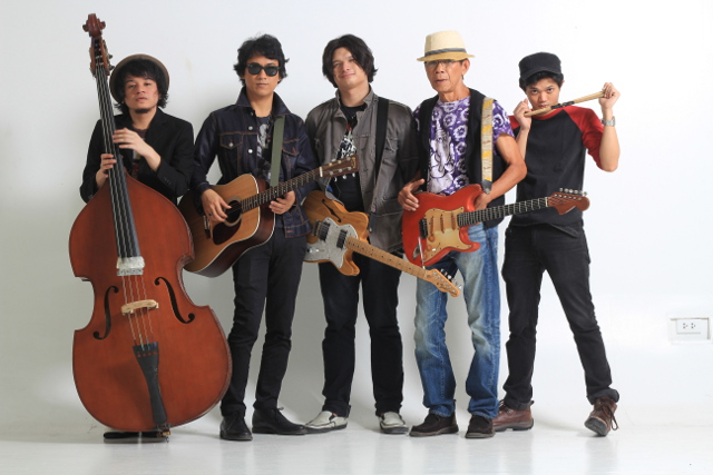 ROCK-AND-ROLLERS. The Oktavesu2019 (from left) Ivan Garcia, Ely Buendia, Chris Padilla, Nitoy Adriano, and Bobby Padilla
