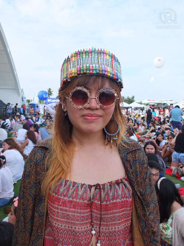 CRAYOLA GIRL. Kad de Guzman fashioned this crayon headband in less than an hour the night before the concert