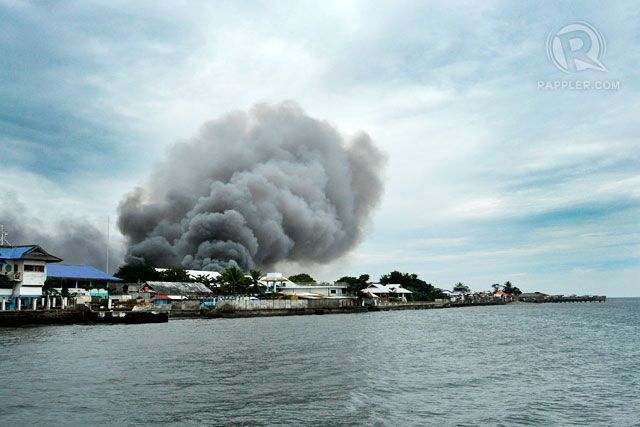 ONE AFTER THE OTHER. Smoke rises above Brgy. Rio Hondo in Zamboanga City as another fire engulfs Brgy. Sta. Catalina. Photo by LeAnne Jazul/Rappler